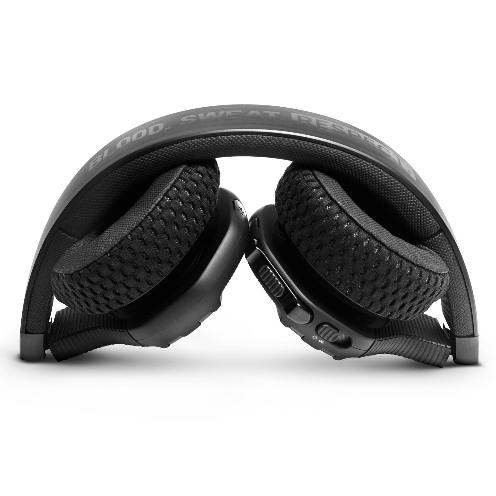 UA Sport Wireless Train Project Rock – Engineered by JBL - Black Matte - On-ear sport Headphones - Detailshot 2