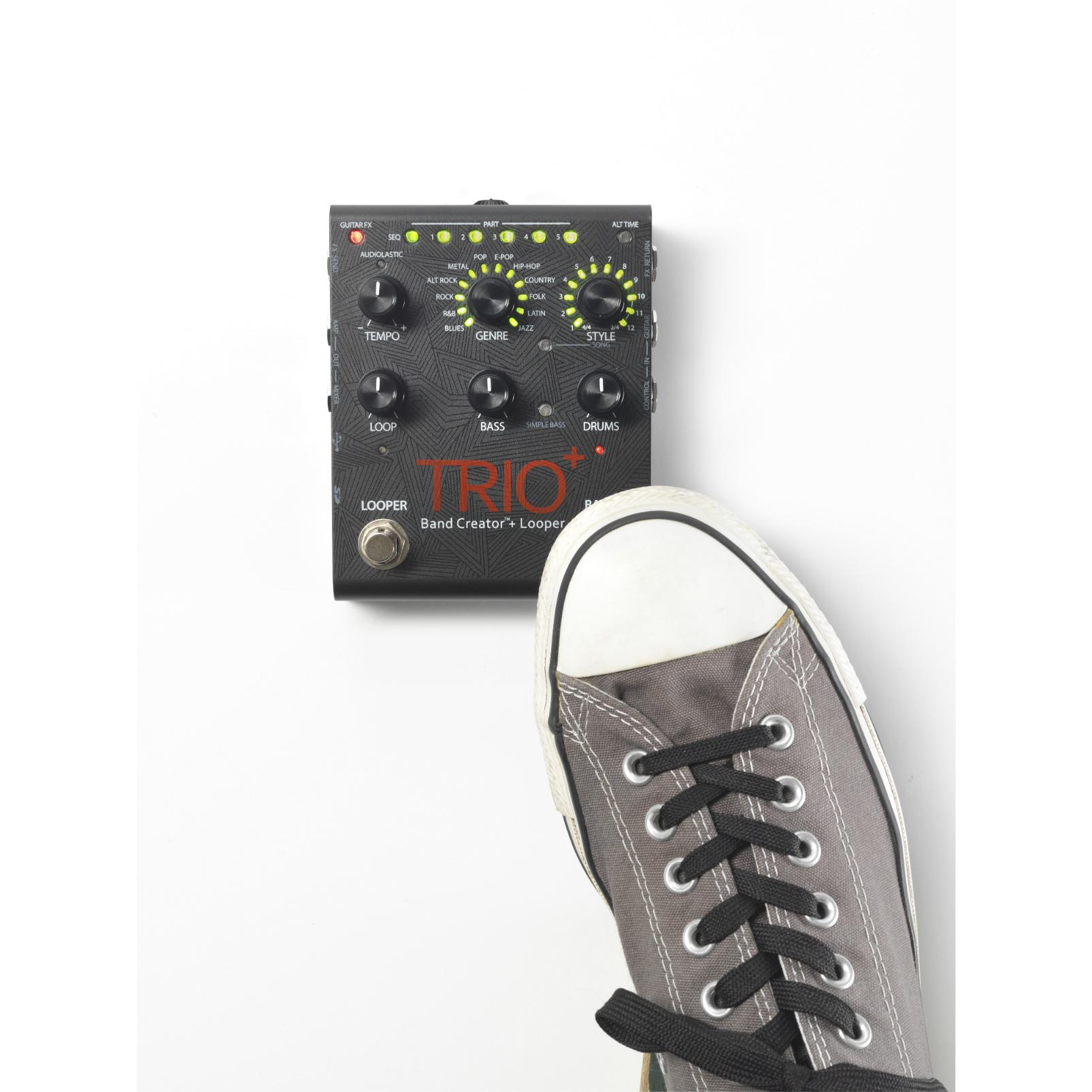 TRIO+ - Black - Band Creator + Looper - Detailshot 5