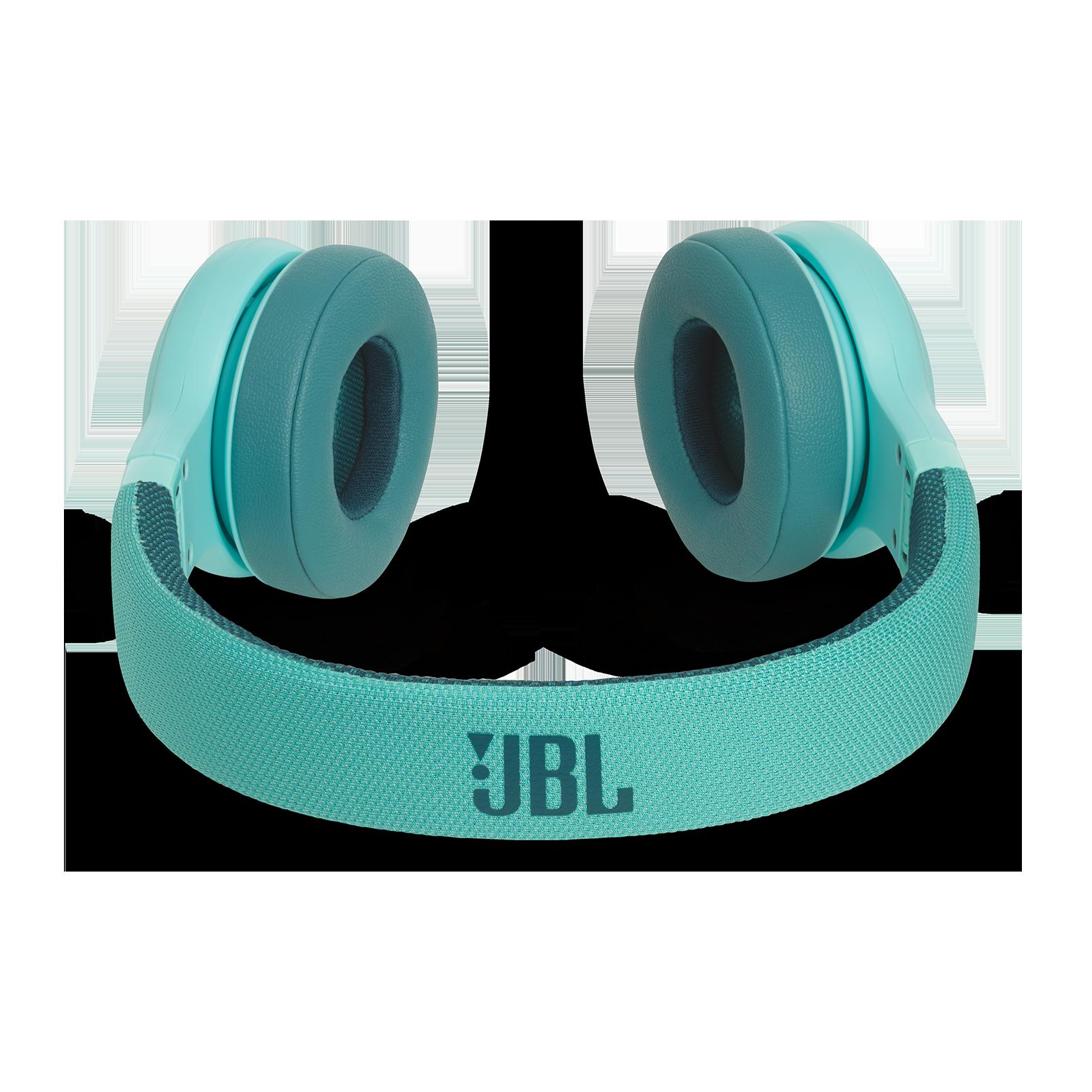 JBL E45BT - Teal - Wireless on-ear headphones - Detailshot 3